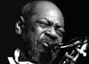 saksofonista do tekstu o winie